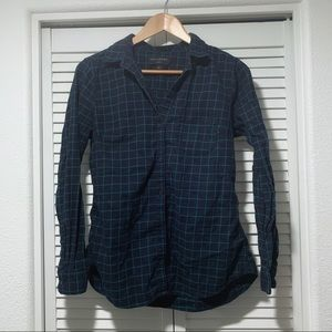 Women's Banana Republic flannel shirt